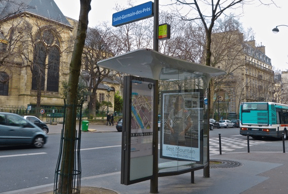 bus stop paris